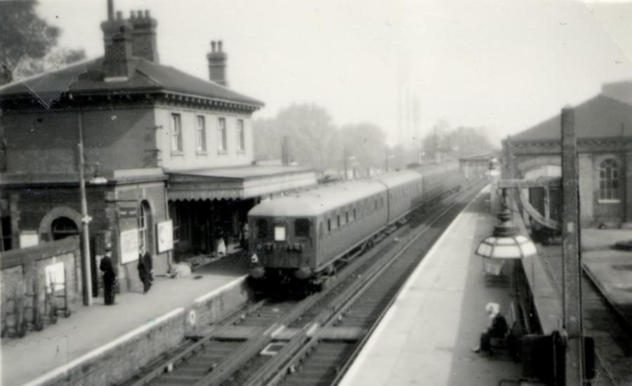 Snodland Station Old Photo Andrew Hann