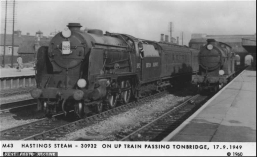 Tonbridge Station 1949
