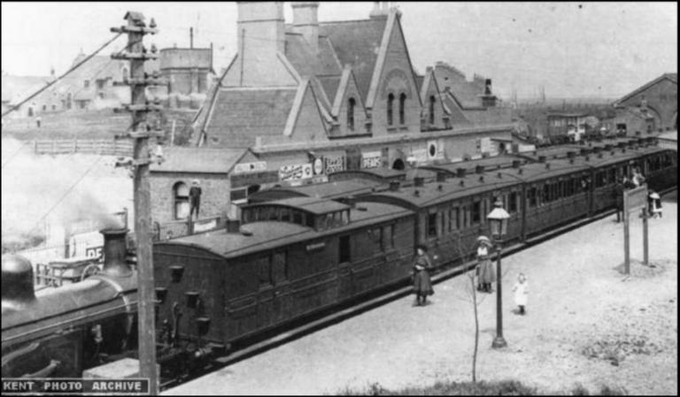 Queenborough Railway Station Old Photo 2