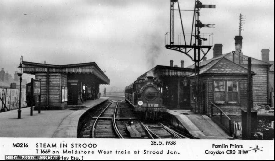 Strood Station 1938
