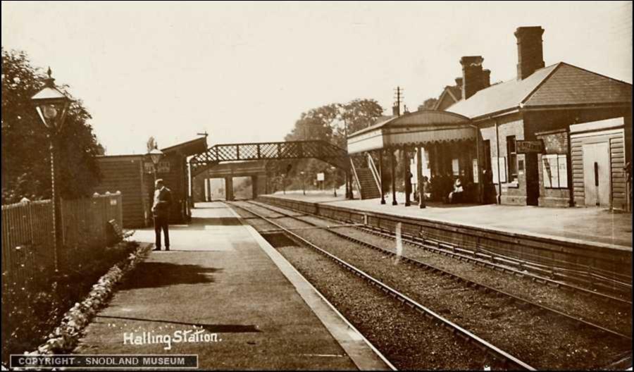 Halling Station Old Photo